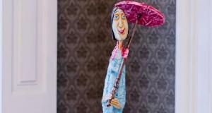 """Ričardo Vaino medžio skulptūrų paroda """"Prakalbintas medis"""" Berlyne"""