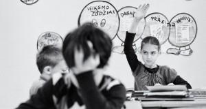 """Atidaryta Ramūno Danisevičiaus fotografijų paroda """"Mokykla su Meile"""""""