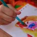 Kaip padėti uždariems vaikams gerai jaustis tarp bendraamžių