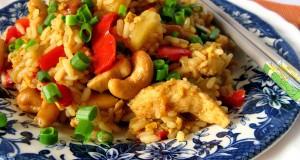 Ryžiai su vištiena ir anakardžių riešutais (tailandiečių virtuvė)