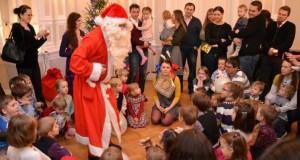 SUOMIJA. Suomijos lietuvių bendruomenės vaikus jau aplankė Kalėdų Senelis