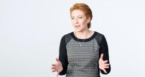 """Prof. Rūta Čiutienė: """"Lietuvoje darbuotojai vis dar menkai vertinami"""""""