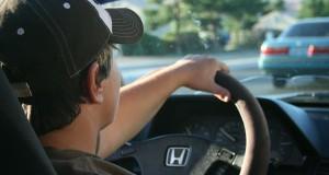 Tyrimas: kada keliuose pavojingiausia