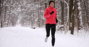 5 patarimai, kaip tinkamai bėgioti žiemą
