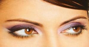 Kaip pasirinkti akių vokų šešėlių spalvą?