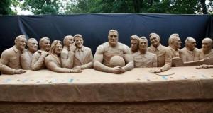 Smėlio skulptorius Andrius Petkus Palangoje pristatė žymių Lietuvos vyrų atvaizdus