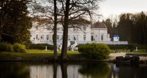 Palangos gintaro muziejus lankytojus pasitinka restauruotuose grafų Tiškevičių rūmuose
