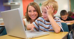 """Vaikus programavimo mokanti lietuvė: """"Nustokime jais nepasitikėti ir leiskime spręsti rytojaus problemas"""""""