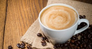"""Mitybos specialistė: """"Saldžią kavą pakeitę džiovintais vaisiais pajusite dvigubą naudą"""""""