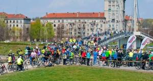 Į Kauną sugrįžta dviratininkų paradas