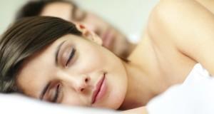 Tyrimas atskleidė, kurios lyties atstovams reikia daugiau miego