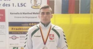 Imtynininkui D. Viliušiui – turnyro Vokietijoje sidabras