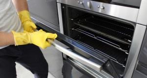 Kaip paprastai ir efektyviai išvalyti orkaitę?