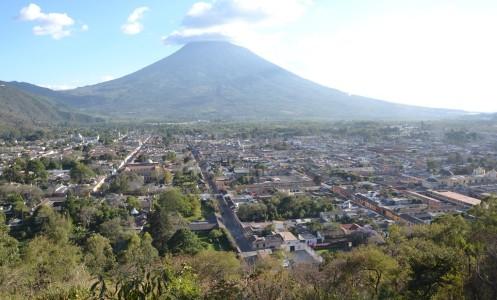 Lietuvės gyvenimas ugnikalnių šalyje