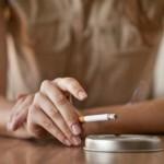 Slaptas tabako dūmų pavojus, apie kurį nesusimąstome
