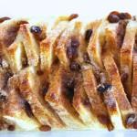Kepta duona su razinomis