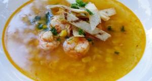 Krevečių sriuba su tortilijomis