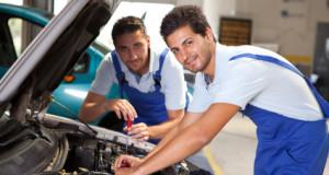 Profesinis mokymas: kada automobilių mechanikai nukonkuruos teisininkus?