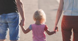 Tyrimo duomenys: ar įmanoma derinti karjerą ir tėvystę?