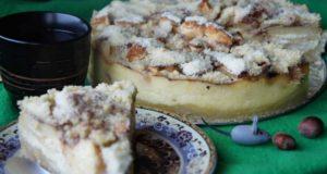 Tobulo skonio obuolių ir varškės pyragas