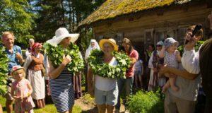 Lietuvos liaudies buities muziejus kviečia švęsti Jonines