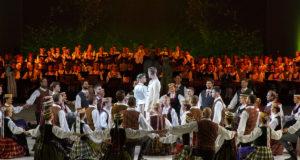 Ansamblių šventė kviečia prie Bėlio ežero