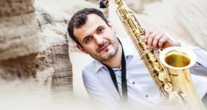 """Stojamųjų egzaminų laukiančius jaunuolius žinomas muzikantas J. Kuraitis perspėja: """"Būkite atidūs"""""""