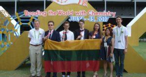 Tarptautinėje chemijos olimpiadoje Tailande lietuviai iškovojo aukso, sidabro ir bronzos medalius