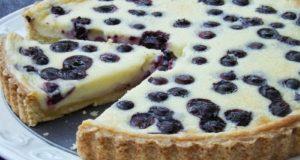 Kreminio sūrio pyragas su mėlynėmis
