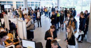 Papildyti KTU studentų gretas šiais metais pakviesta daugiau šimtukininkų