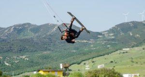 Jėgos aitvarai lietuvį neša per pasaulį: savo vietą atradęs Ispanijoje, įkūrė mokyklą
