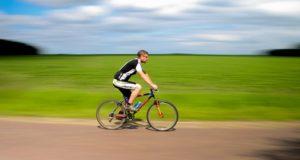 Stiprinama dviračių vairuotojų kontrolė keliuose