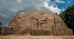 Šilalės miesto centrą puošia žymių smėlio skulptorių darbas