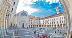 Vilniaus universitetą rinkosi maždaug pusė visų šalies šimtukininkų
