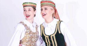 """S. Šliažas: """"Lietuviai didžiuojasi tautiniu kostiumu, bet dėvi jį per retai"""""""