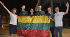 Jaunieji geografai tarptautinėje olimpiadoje pasipuošė visų spalvų medaliais