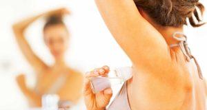 Rinkitės atidžiai: kokie antiperspirantai gali sukelti vėžį?