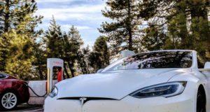 """Kompanijoje """"Tesla"""" dirbantis KTU absolventas: """"Tai iš tiesų galiu vadinti savo svajonių darbu"""""""