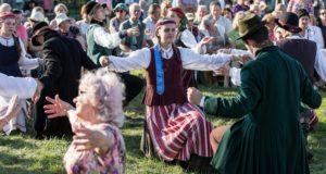 Žolinės šventėje Šiauliuose – tradicinės apeigos ir smagios pramogos