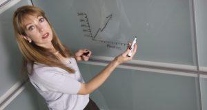 """Specialistai: """"Norėdami suspėti su jaunąja karta mokytojai privalės mokytis iš savo mokinių"""""""