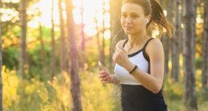 Gydytoja pataria, kaip tinkamai paruošti organizmą bėgimui
