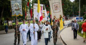 Savaitgalį į Varnius rinkosi tikintieji ne tik iš visos Lietuvos, bet ir iš užsienio