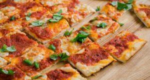 Kaip išsikepti tikrą itališką picą