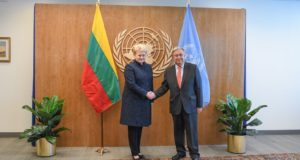 """Prezidentė su Jungtinių Tautų vadovu aptarė """"Zapad 2017"""" iššūkius"""