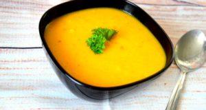 Moliūgo ir kriaušių sriuba