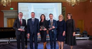 Apdovanoti iniciatyvų, padedančių emigrantams grįžti ir pritapti Lietuvoje, autoriai