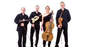"""Lietuvos scenose gintariniais instrumentais gros """"Amber Quartet"""""""