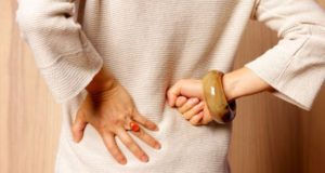 Osteoporozė: kaip pasireiškia ir kaip nuo jos apsisaugoti