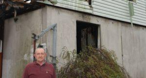 Dėl gaisro namų netekęs ugniagesys džiaugiasi žmonių gerumu