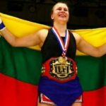 Lietuvos kovotoja Japonijoje tapo pasaulio Lethwei čempione
